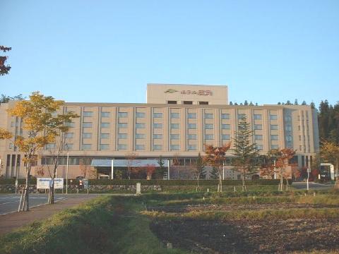 第二北部自動車学校:ホテル鹿角