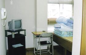 校内宿舎(シングル部屋)