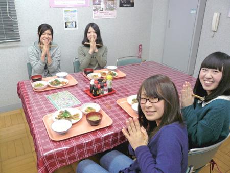 山形県・マツキドライビングスクール 長井校・食事例