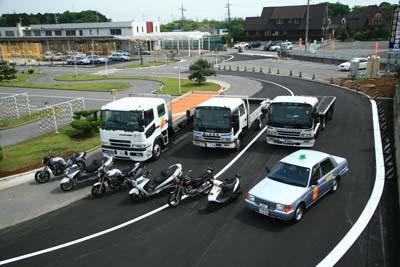 鎌ヶ谷自動車学校の教習所写真