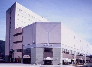 武生(たけふ)自動車学校・ホテル クラウンヒルズ武生(旧 武生パレスホテル)