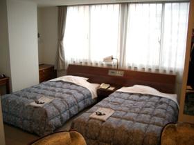 出羽自動車教習所:さかたセントラルホテル